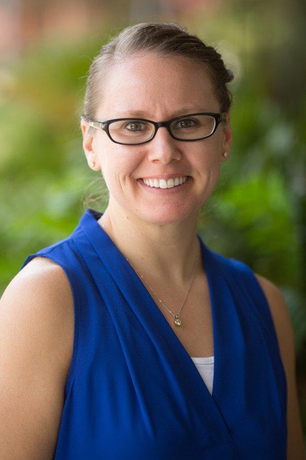Elizabeth Thompson, DVM